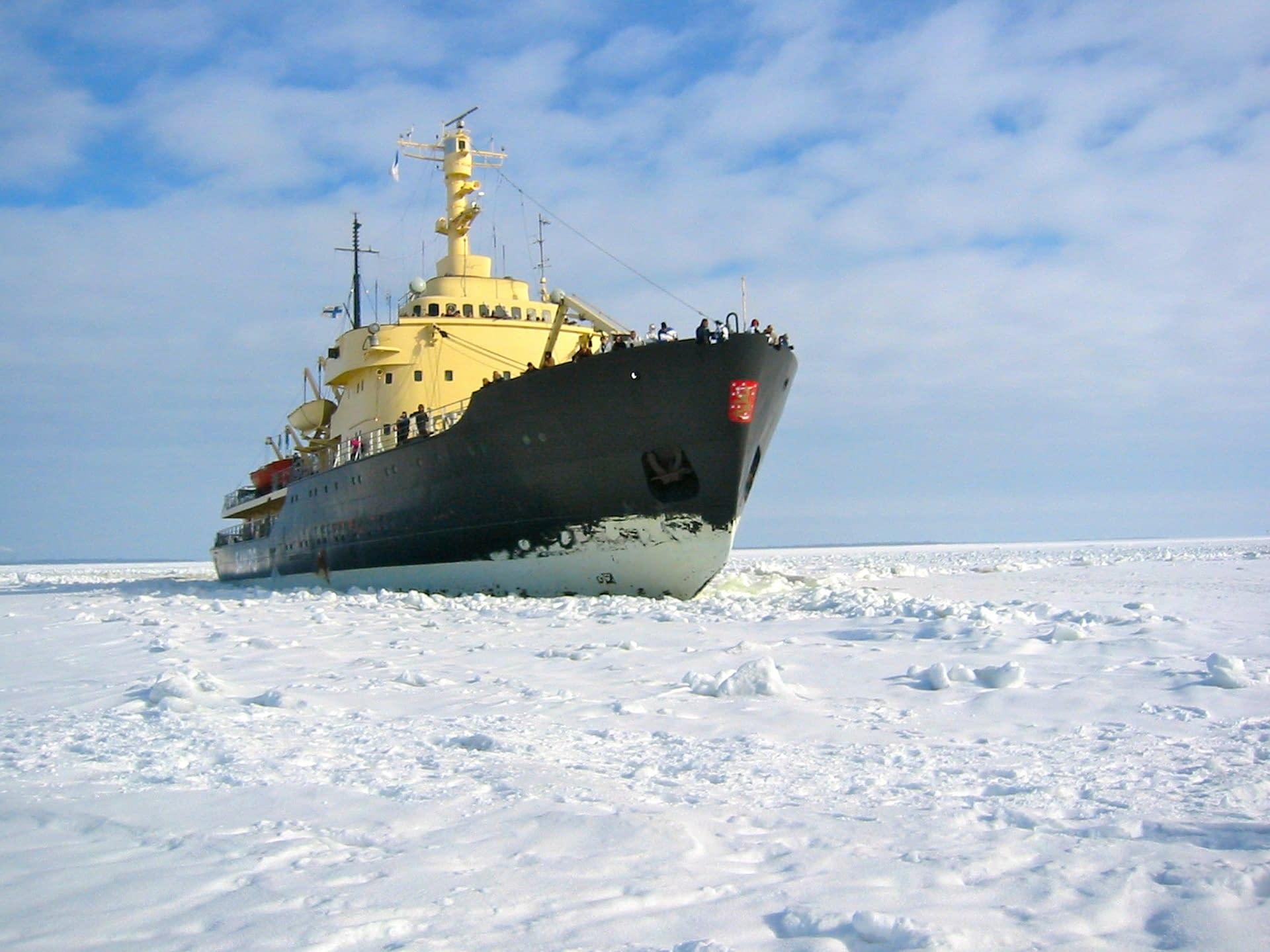 icebreaker-138924_1920